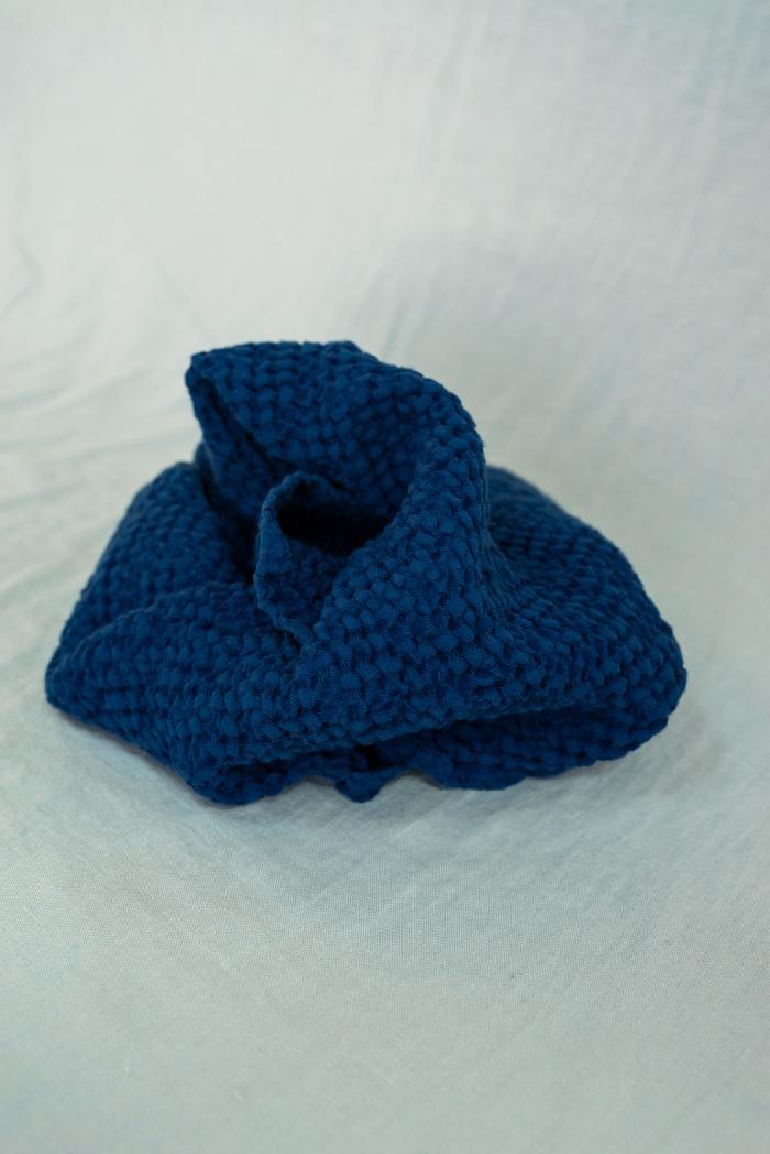 Вафельное полотенце в темно синем цвете 50 70 см фото 3>                   <span class=