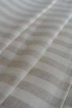 Ткань для постельного белья п лен полоска бежевая фото 1